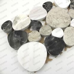 frise de galet en marbre modele Luna Noir