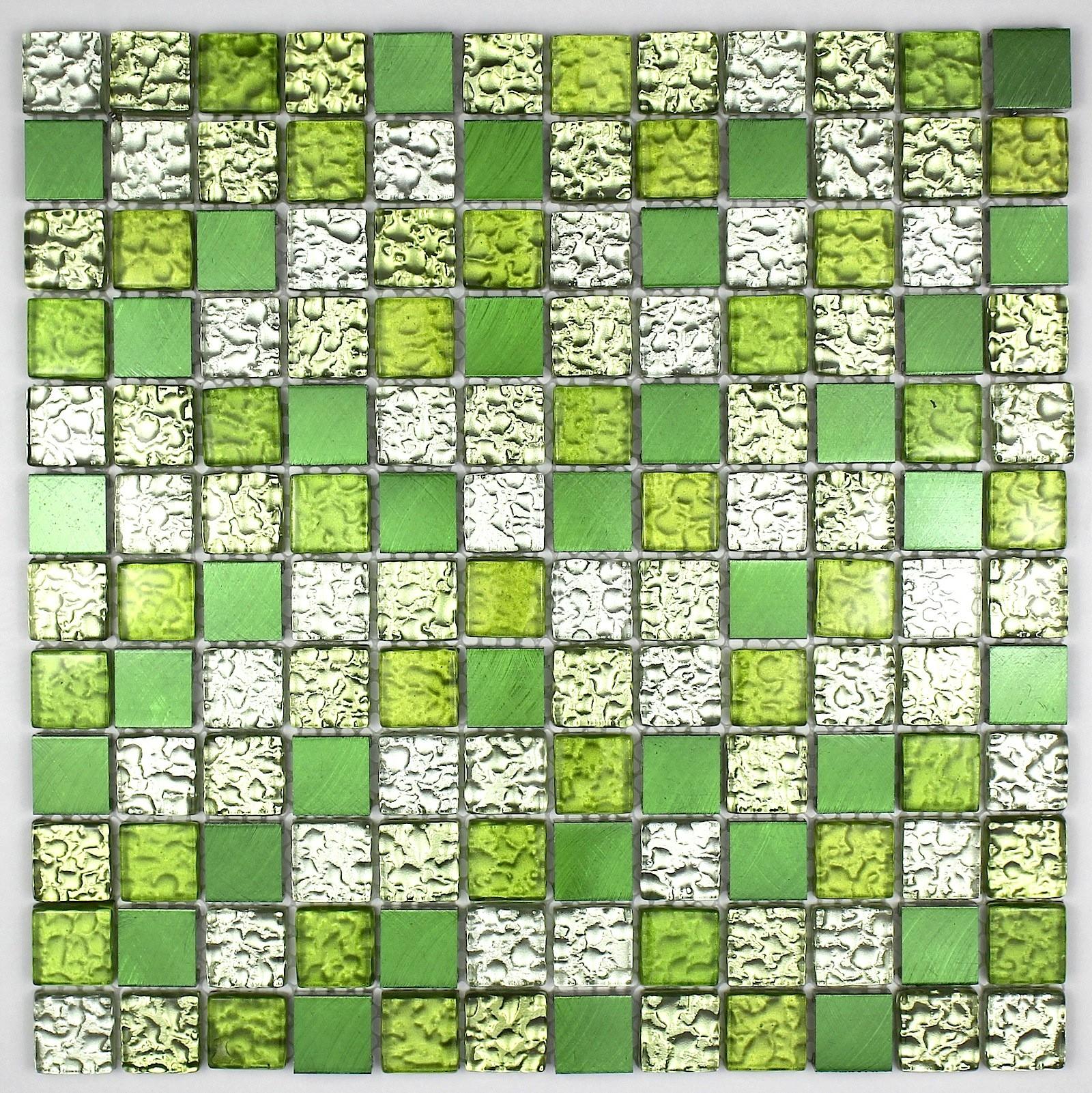 mosaique verte salle de bain. idee deco salle de bain gris et vert