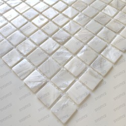 mosaique de nacre coquillage salledebain et douche Nacarat Blanc